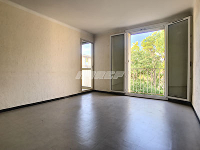 Appartement type 3 13009 Ste marguerite